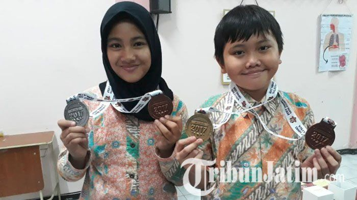 2 Siswa SD Labschool Unesa Ketintang Surabaya Juarai Olimpiade Matematika Internasional di Malaysia