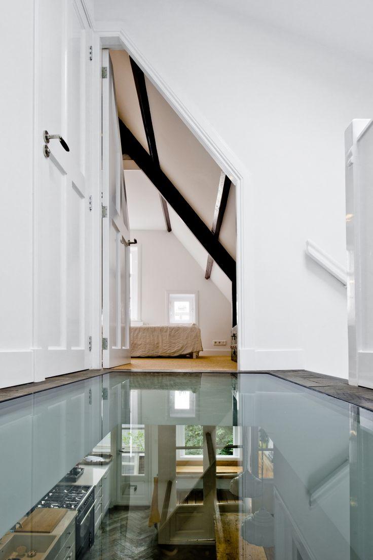 Glazen loopbrug met doorkijk, Oude Waal | Kodde Architecten