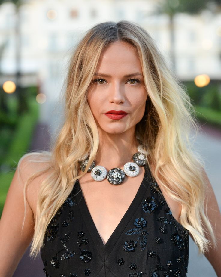 Russian supermodel Natasha Poly wore a black and white diamond high jewellery necklace by de GRISOGONO with a sequin floor length black cut out dress, and beach blonde waves. At the Love On The Rocks Eden Hoc Hotel cocktail party. For glamour celebrity fashion Cannes Film Festival red carpet jewellery spotting travel here: http://www.thejewelleryeditor.com/jewellery/top-5/cannes-2017-red-carpet-jewellery-de-grisogono-love-on-the-rocks-party/ #jewelry