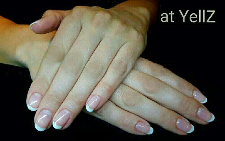 CND Shellac French Manicure op de natuurlijke nagels.