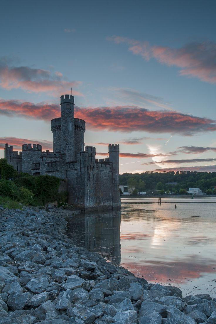 Blackrock Castle on the river Lee, Cork / Ireland by (Des Daly). - See more at: http://visitheworld.tumblr.com/post/120795728260/blackrock-castle-on-the-river-lee-cork#sthash.kAclUFVL.dpuf