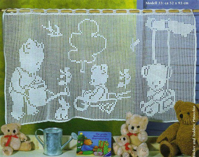 Схема вязания крючком занавески для детской комнаты. Занавеска связана в филейной технике