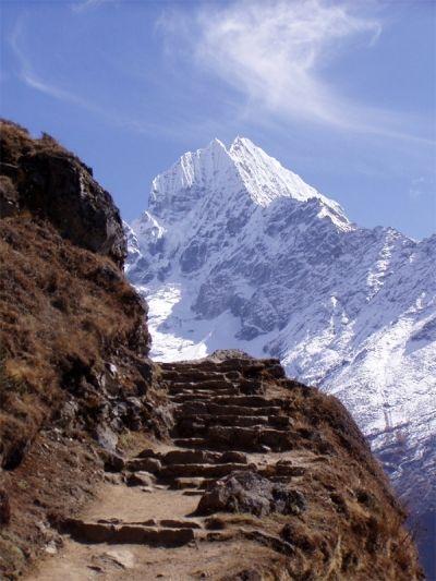 世界遺産になっているネパールのサガルマータ国立公園。 エベレストもある山岳地帯。