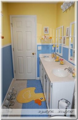 Kids Duck Bathroom #Decorating {A Sprinkle of This . . . . A Dash of That}