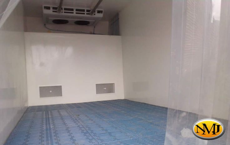 Nos especializamos en la fabricación personalizada de unidades de refrigeración en camiones y camionetas 4x4 a nivel nacional.  http://www.carroceriasyfurgonesnmj.com/camiones-furgones-refrigerados-en-venta-nuevos-usados-y-reparados-bogota-colombia