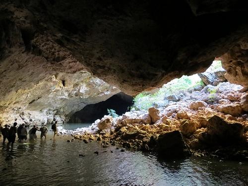Tunnel Creek, the Kimberley, Western Australia. (Photo: J.Heenan)  www.thekimberleycollection.com.au