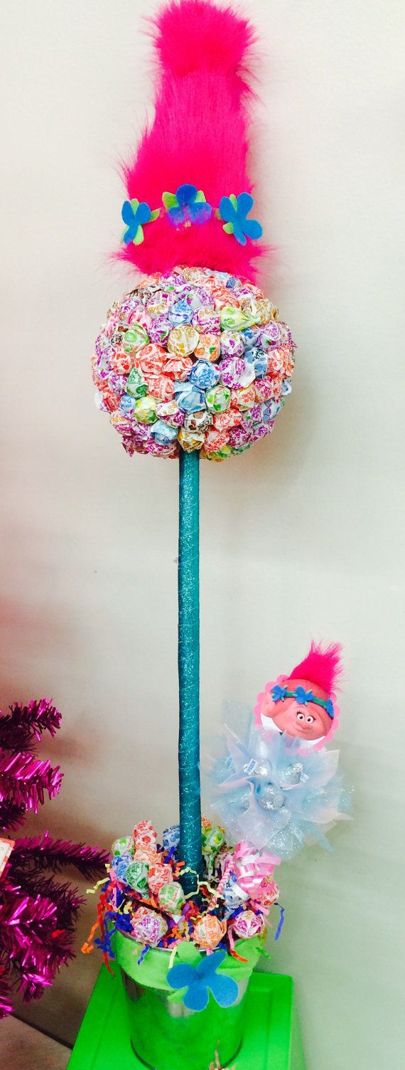 Poppy Lollipop tree is filled with over 150 dum dums! Local pickup suggested! Simply message us with your event details ( recipients name, age, gender, special occasion ) and well take it from there :) !  Please include in your message any specific requests or allergies at time of order. Our Sweet Creations can be customized for candy lovers of ALL ages. We now offer Gift Wrapping Services!  Roses are red, Violets are blue, Candy is SWEET, And our creations are TOO!  Worlds SWEETEST…