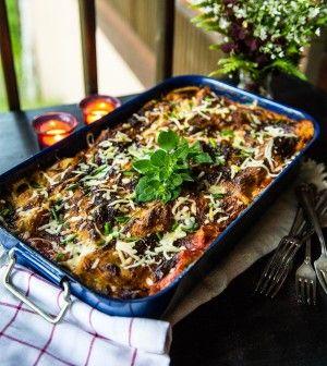 Vegetarisk lasagne med getost, zucchini och smörfrästa champinjoner - Landleys Kök