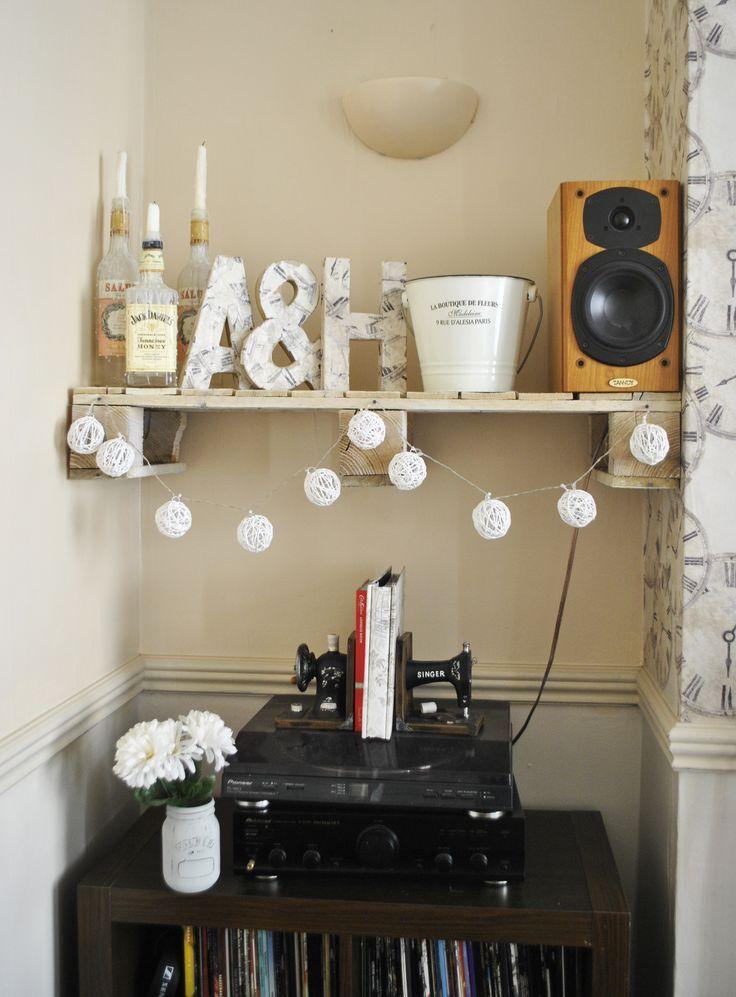 diy pallet shelves kilner jar vinyl record record player diy decoupaged letters