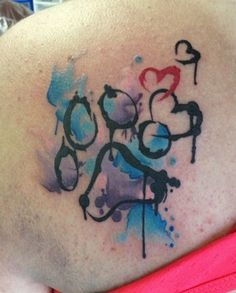 oltre 25 fantastiche idee su tatuaggi impronta di zampa su pinterest tatuaggi animale. Black Bedroom Furniture Sets. Home Design Ideas