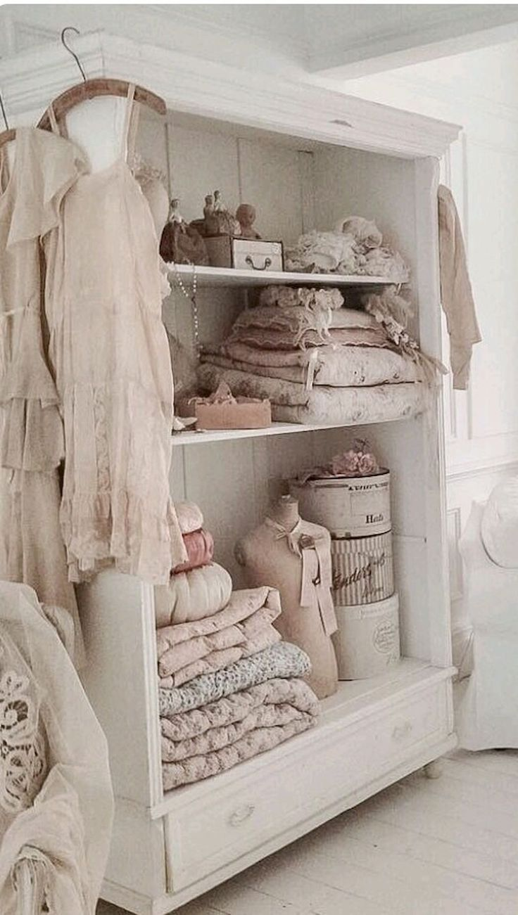 Stunning shabby chic bedroom decor ideas (4)
