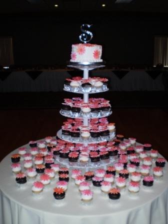 Torres de Cupcake para casamento: Idéias e fotos
