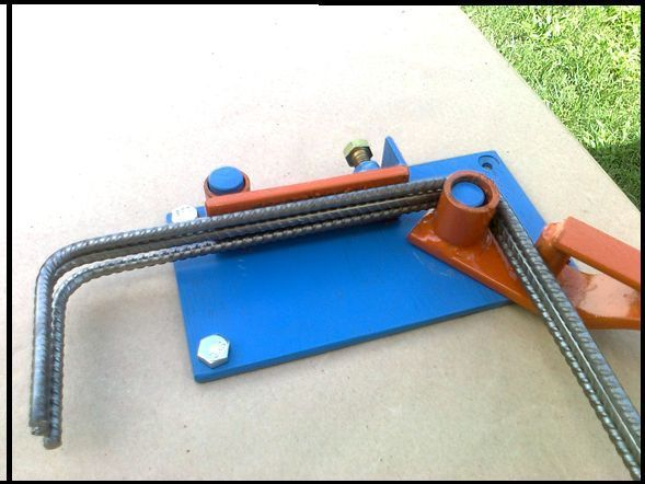 Dobladora de estribos de hierro maquina de construccion en Cordoba imagen 1