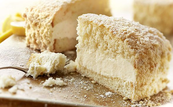 This Lemon Cream Cake Served At Olivegarden Is One Of My