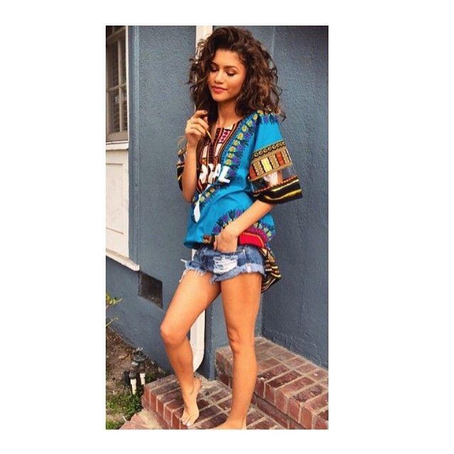 Zendaya wears it best 🙌 #DASHIKI #instore #peaceoutfashion #zendaya #ootd #styleblogger #africanstyle #africanfashion #angelinacloth #ghana #prints #summercloth #summertrend #festivallook