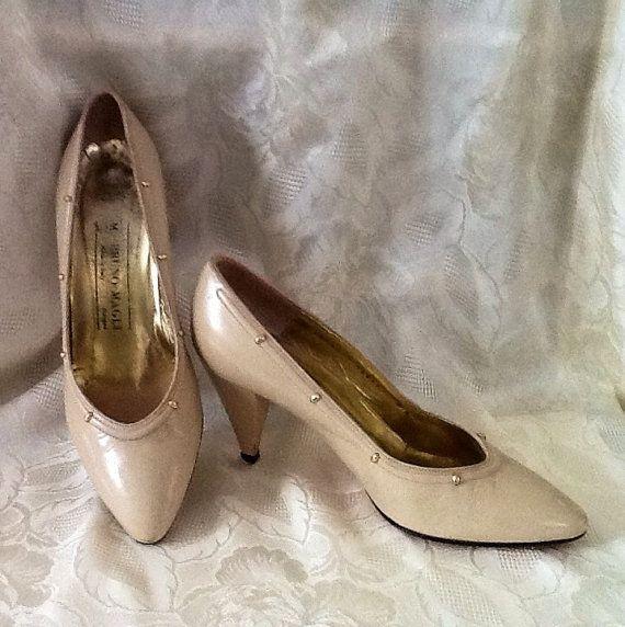 Vintage Bruno Magli Beige Leather Heels by RESTYLE576 on Etsy, $35.00
