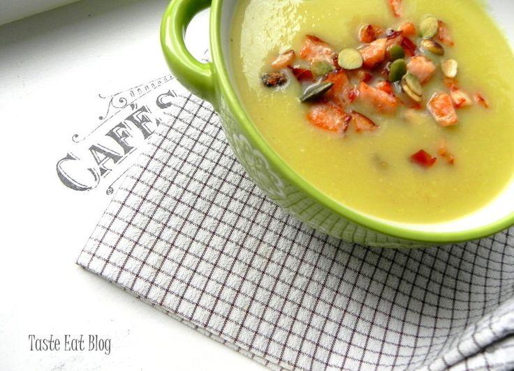 Zupa krem z cukinii z drobiowymi grzankami