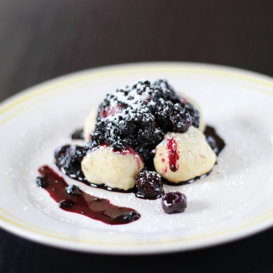 Blueberry season is approaching! Be ready with this light, modern, and incredibly tasty dessert.