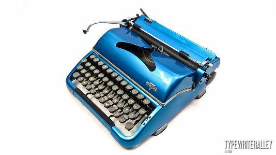 Sky blue GROMA T typewriter, Groma typewriter, vintage typewriter, portable typewriter, blue typewriter, gift