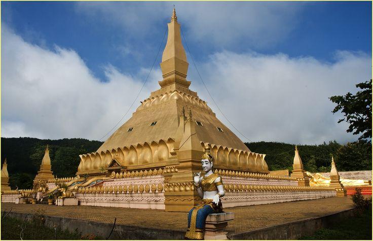 New  Buddhist monastery. Luang Namtha. Laos.
