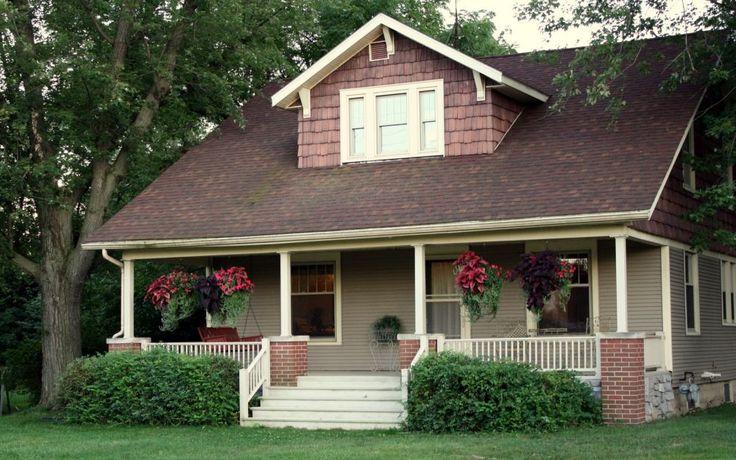 Mici, simple, dar confortabile si elegante - aceste proiecte de case la tara…