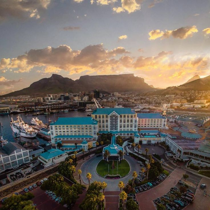 Table Bay Hotel and V & A Waterfront, Cape Town