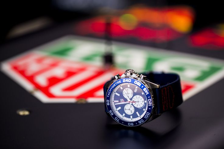 TAG Heuer releases limited edition - Formula 1 Red Bull Racing Team watch
