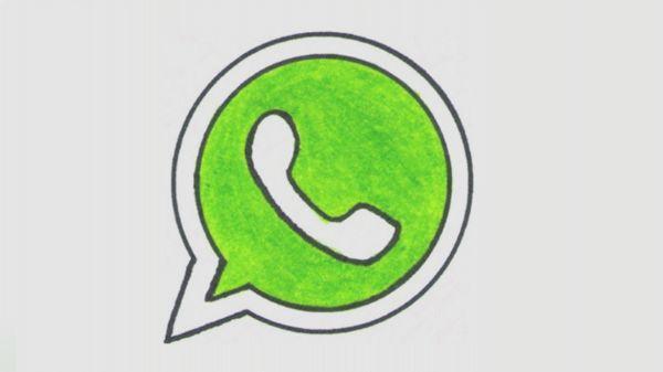 Alcune raccomandazioni per eliminare il contenuto dello smartphone che si accumula nell'unità di memorizzazione a causa dello scambio giornaliero dei file su WhatsApp