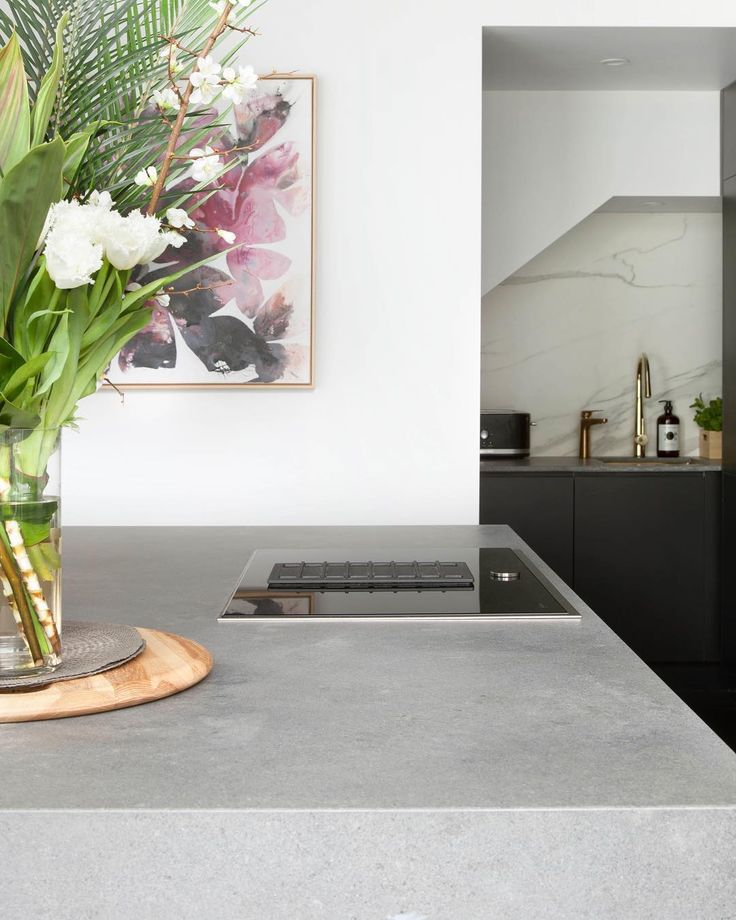 Perfect balance of Industrial & Contemporary in @ronnieandgeorgia Kitchen on @theblock     New 2017 Design | Rugged Concrete alongside Light Concrete cabinetry & rich floors  - Discover the full kitchen by @freedom_kitchens  #clicklinkinbio  #caesarstone #caesarstoneau #theblock #9TheBlock #freedomkitchens #freedomaustralia #ruggedconcrete #kitchenweek