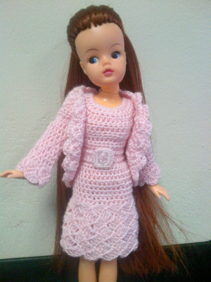Free Sindy Doll Knitting Patterns : The 127 best images about DOLLS CLOTHES on Pinterest ...