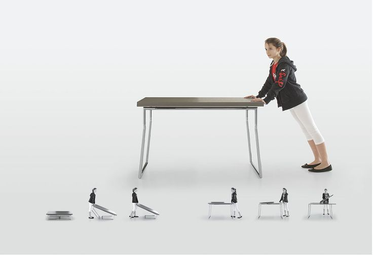Tavolo SEDIT modello Piego: allungabile, stabile, sicuro. Il particolare snodo brevettato di Piego rende il tavolo perfettamente stabile e sicuro sia in posizione bassa che alta. Il sistema di sicurezza impedisce che il tavolo si pieghi all'improvviso.