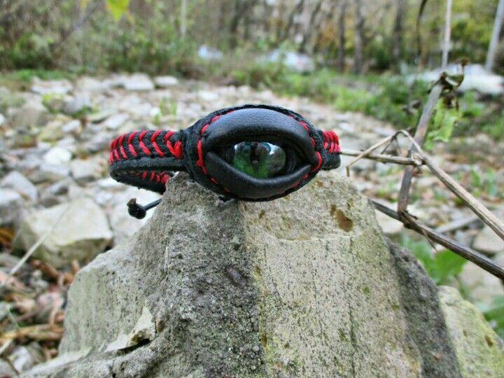 Браслет.Глаз дракона.Имеется несколь видов.700 р.xoxa.79.79@mail.ru