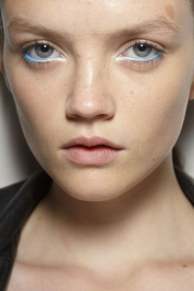Holly Fulton at London Spring 2015 (Backstage). http://votetrends.com/polls/369/share