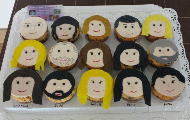 Cupcakes personalizadas para un grupo de amigos!!