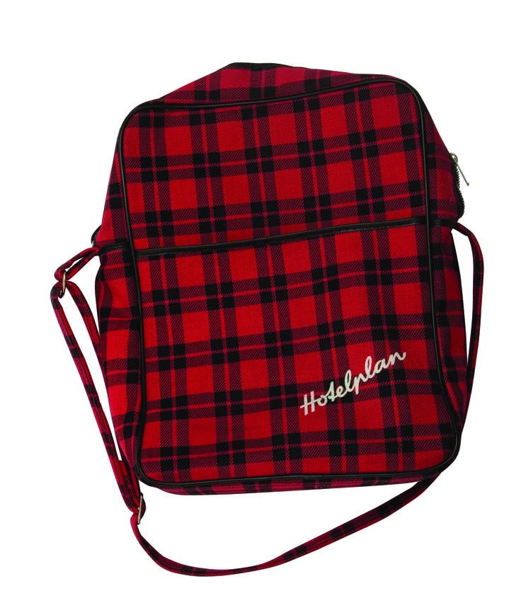 1970 - HOTELPLAN,  Un sac de voyage à carreaux rouge-noir, collection privée © Solo-Mâtine