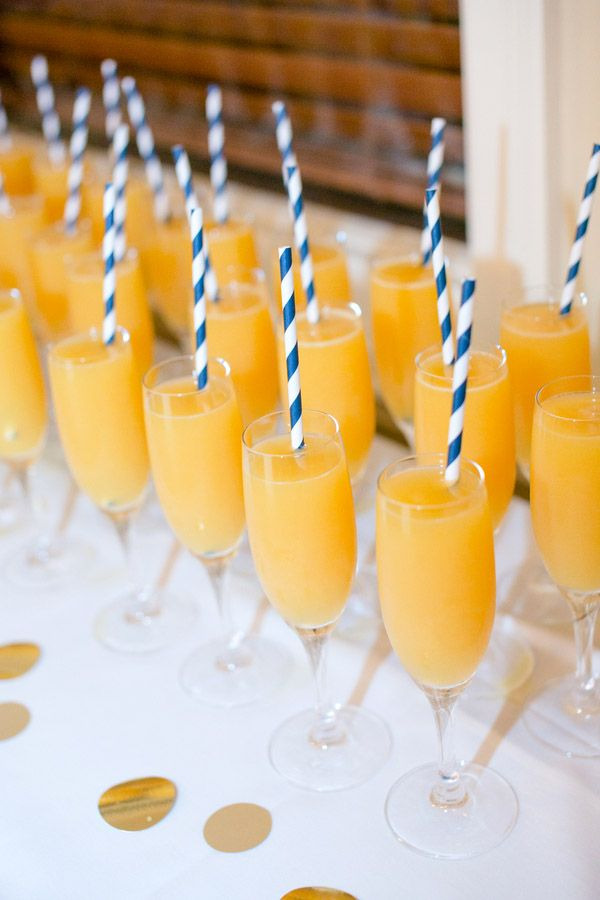Check out this bold & preppy Kate Spade bridal shower brunch you can recreate at home. #bridal #shower #mimosas