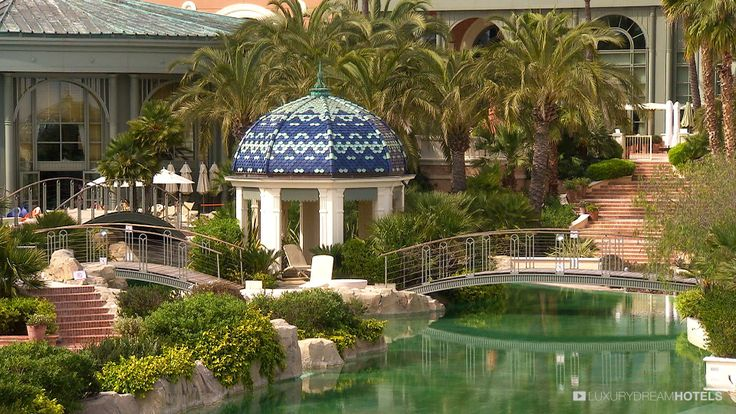 In a relaxed yet sophisticated ambiance, the Monte-Carlo Bay Hotel & Resort offers you a whole new experience of a legendary destination. #luxuryhotel #hotel Monte-Carlo Bay Hotel & Resort – Monte-Carlo - France