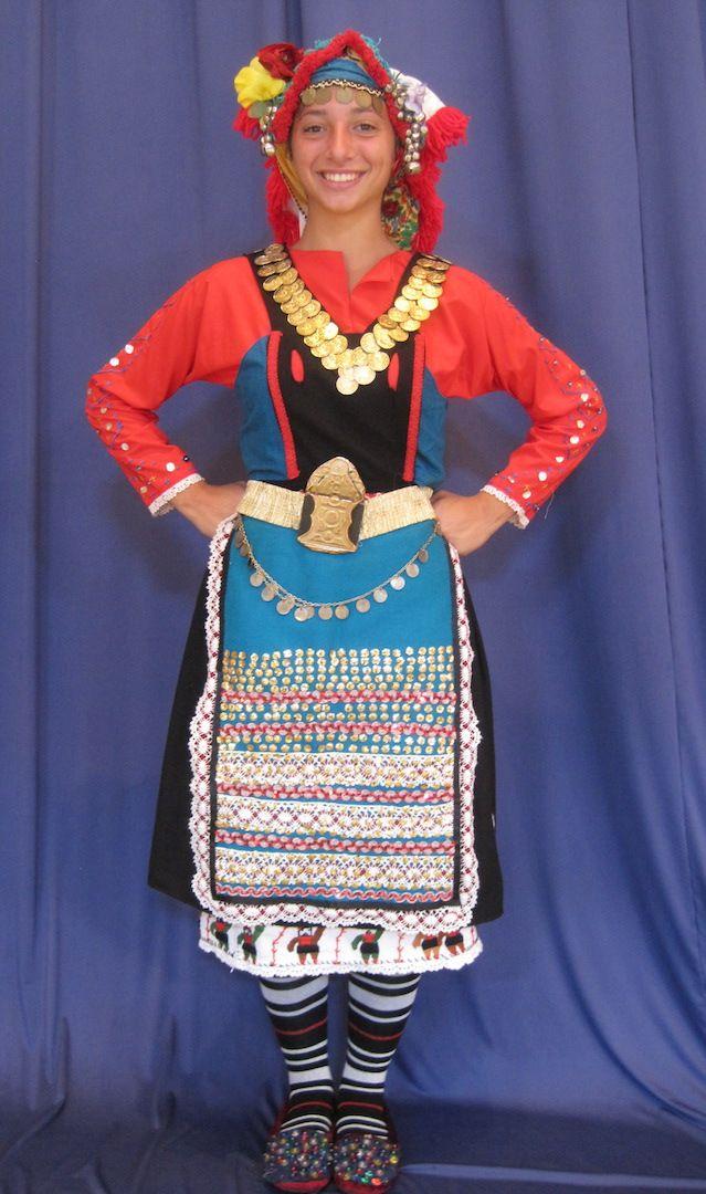 Παραδοσιακή γυναικεία ενδυμασία των Μάρηδων (Καρωτής) - Traditional women's folk costume of the Thracian Marides from Karoti.