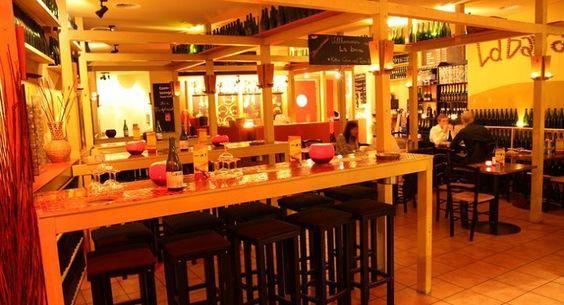 LA BARRA. Tapas, Barbarossaplatz Hungrig? Schluss mit knurrendem Magen. Einfach einen Tisch bei La barra in Köln online reservieren und lecker essen gehen.