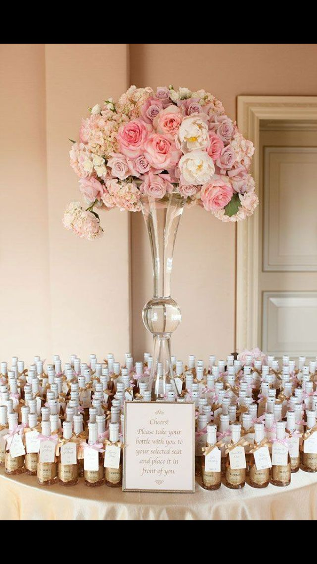 Champagne flutes beaded instead of bottles (seating plan ...