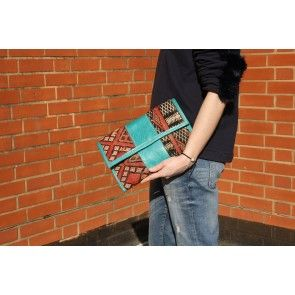 Moroccan Kilim Clutch II #ethnicclutch #ethnicprints #colourfulpalette #besnazzybedifferent