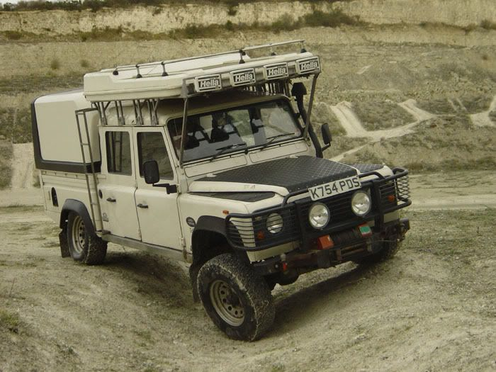 1000 ideas about defender 130 on pinterest land rovers land rover defender and defender 110. Black Bedroom Furniture Sets. Home Design Ideas