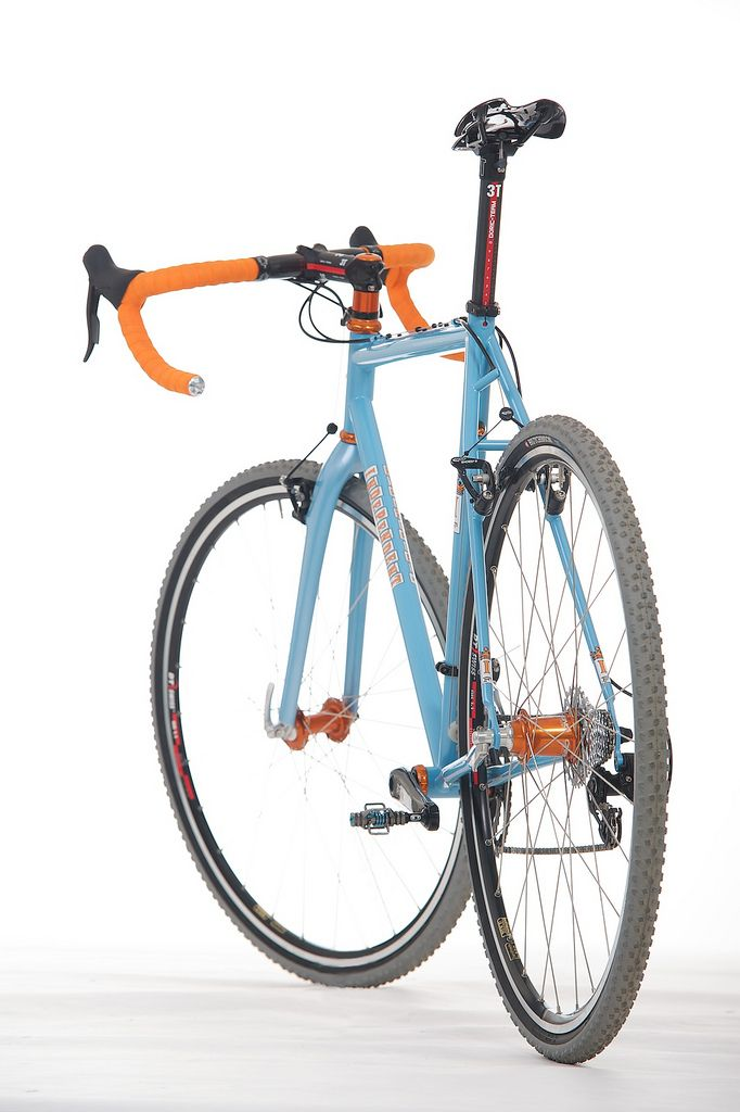 Independent Fabrications cyclocross bike in lovely gulf colour scheme.