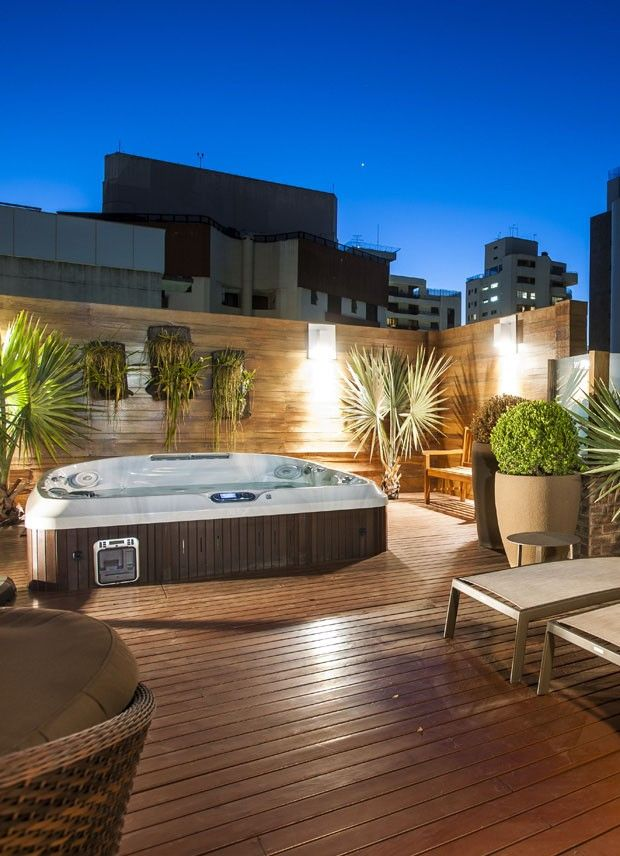 1000 ideias sobre area gourmet com piscina no pinterest for Jacuzzi pequeno