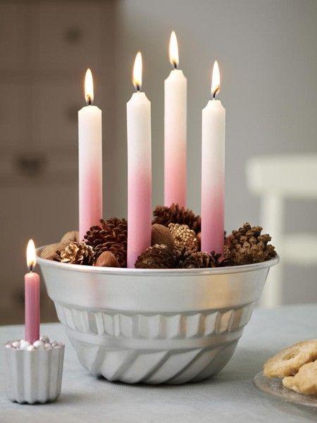 Gugelhopf-Form, Ombre-Kerzen und Tannenzapfen