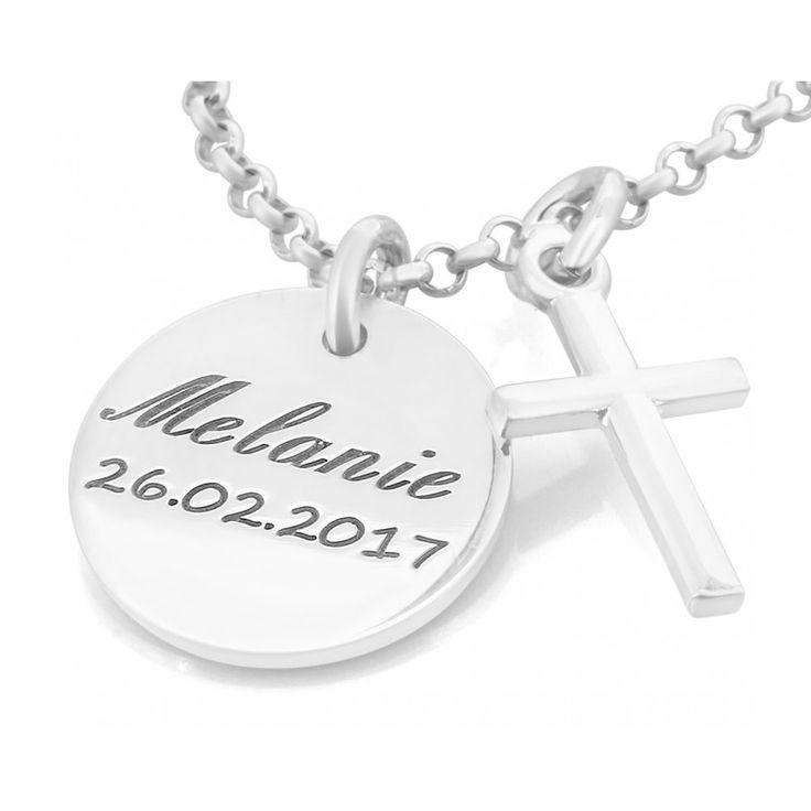 Eine schöne, zarte Kette komplett aus 925 Sterling Silber mit einem Kreuzanhänger und einem Namensplättchen.