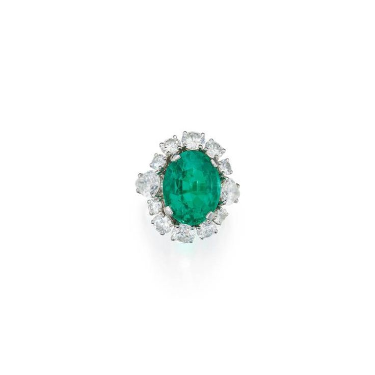 Buy online, view images and see past prices for EMERALD AND DIAMOND RING. Invaluable is the world's largest marketplace for art, antiques, and collectibles.