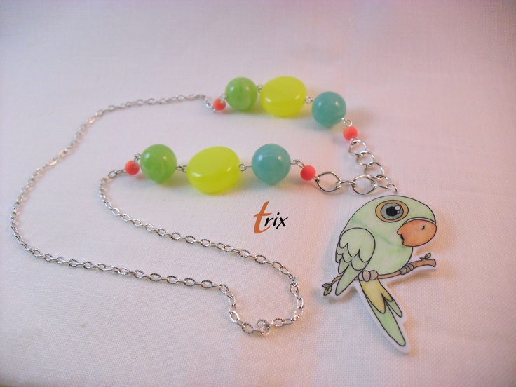 parrot necklace with polyshrink