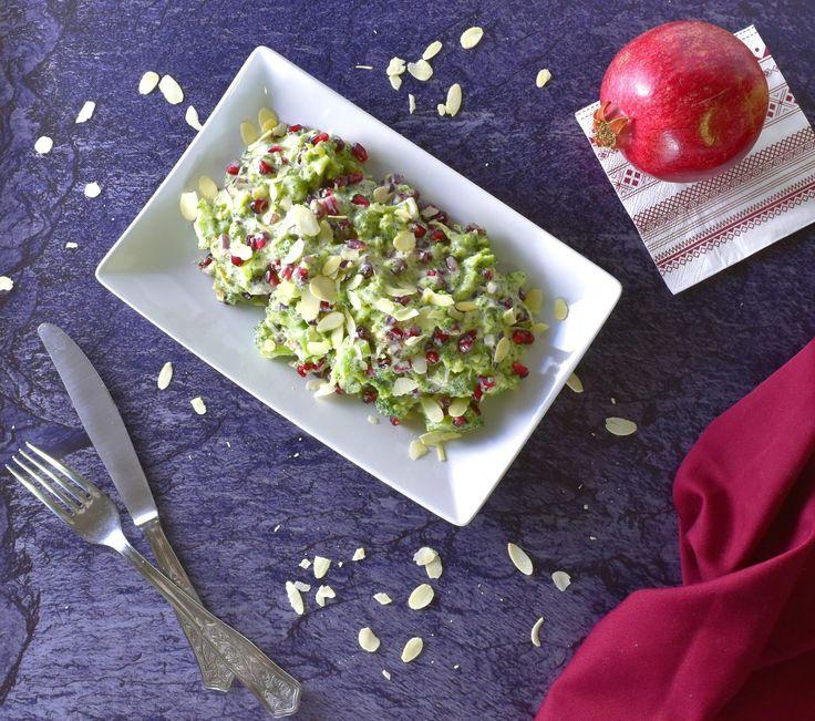 IR-barát gránátalmás brokkolisaláta mindenmentesen | www.thepuur.com #saláta #inzulinrezisztancia #recept #tejmentes