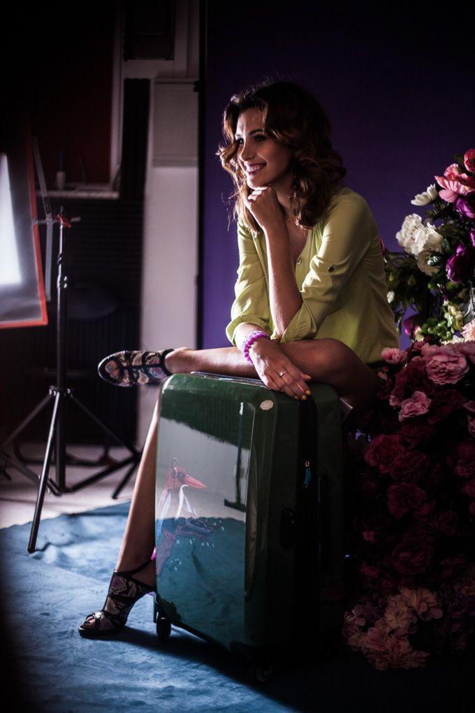 Kulisy sesji wizerunkowej Nessi! Ewa Mielnicka ! Pięknej Miss Polski i cudownym butom towarzyszyła gościnnie nasza walizka Tropical Sound :)